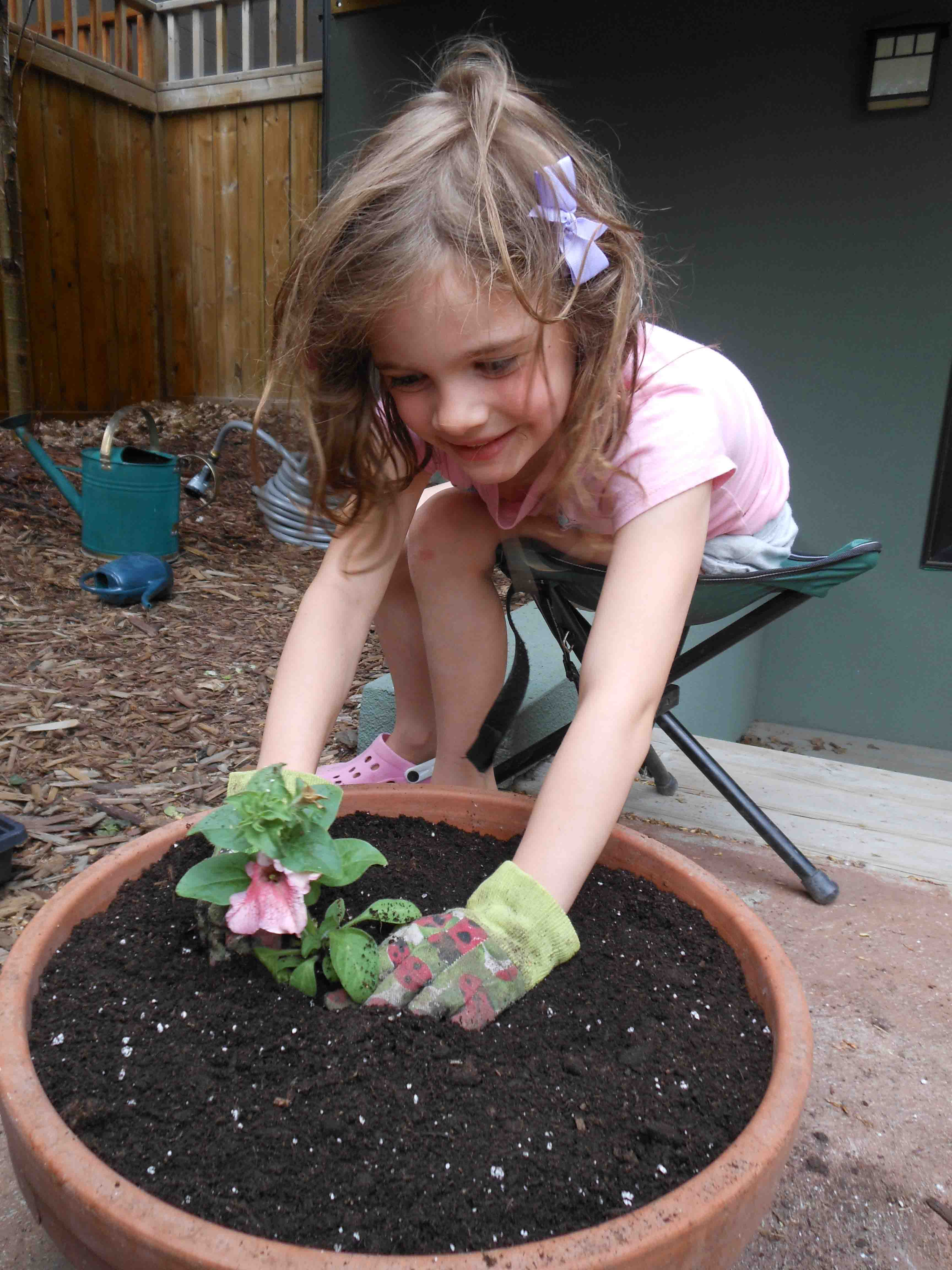Gardening with kids drink play love for Gardening with children