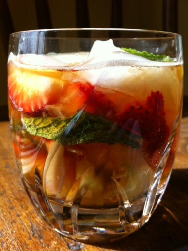 Mmmm...liquid boozy fruit salad with ginger spice...