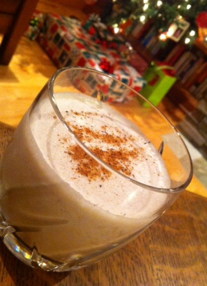 This Kahula Gingerbread drink tastes like a spiced Kahlua milkshake.