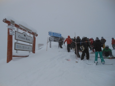 The throng gathers at the top of Currie Bowl on a powder morning, waiting for the sign line to come down.