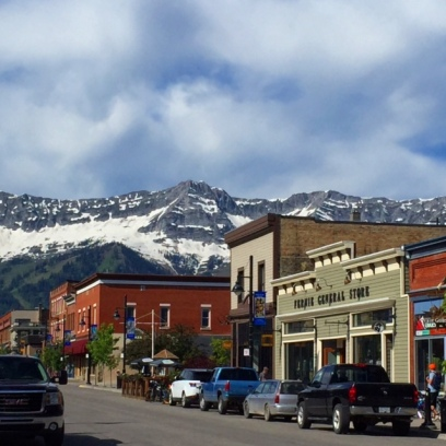 Downtown Fernie had charm galore, and some cute boutiques and great restaurants.